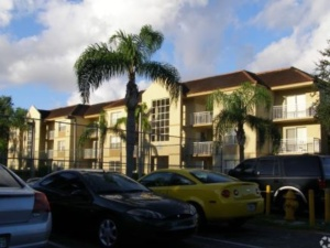 282- Palm Gardens Apartments – 19098 NW 57th Ave